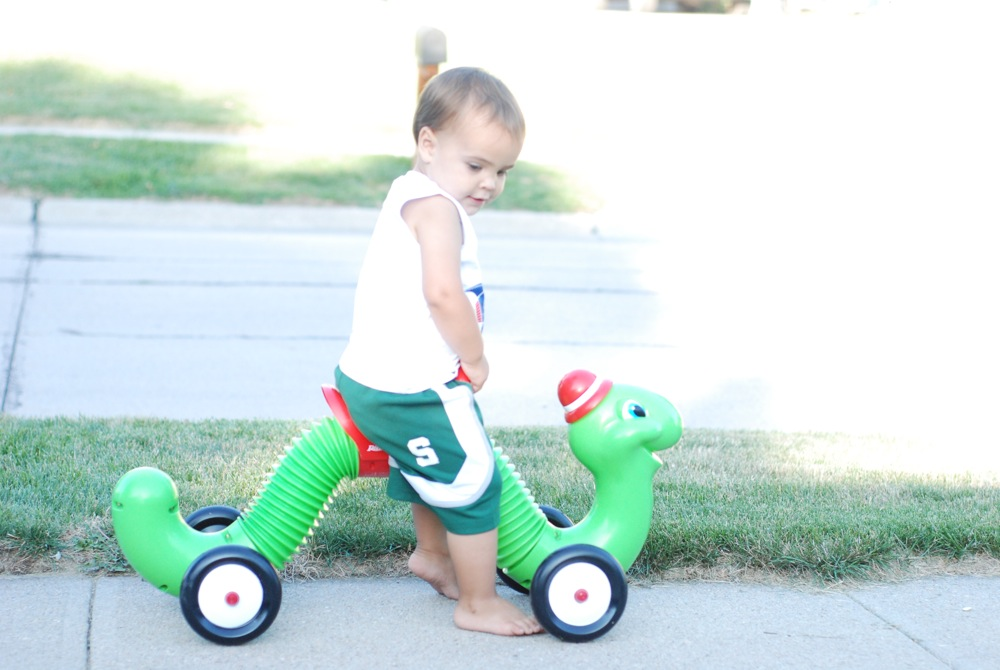 Riding his new inch worm.